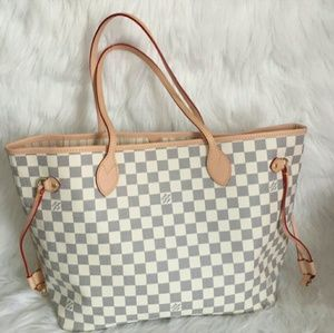 Neverfull medium 12 x 12 x 6 Louis Vuitton